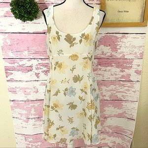 LIMITED Floral Scoop Neck Sleeveless Chiffon Dress